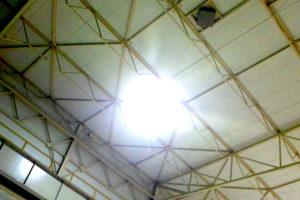 Oświetlenie hali przemysłowej LED